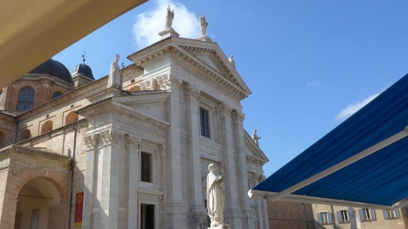 Urbino_Duomo_02
