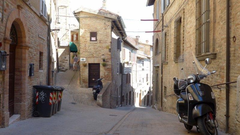 Urbino_Viale