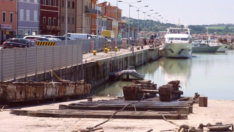 Fano Hafen 43
