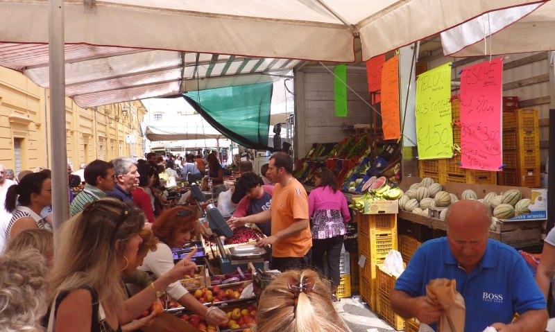 Fano Markt 41