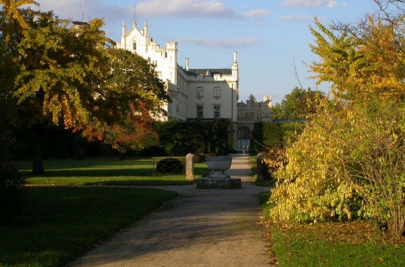 Lednice Schloss Herbst